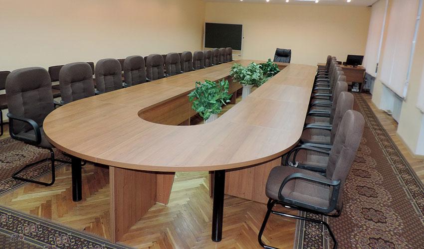 Фото 8. Конференц стола под заказ