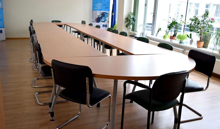Фото 9. Конференц стола под заказ