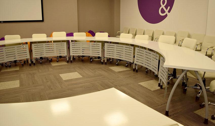 Фото 2. Конференц стола под заказ