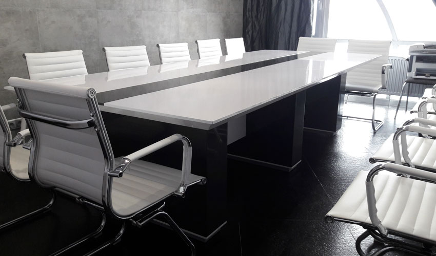 Фото 2. Конференц стола Морион