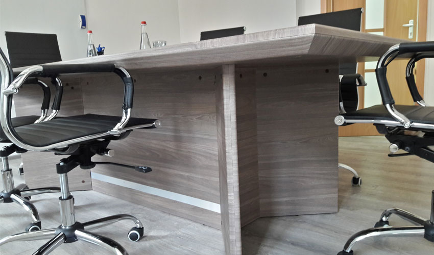 Фото 4. Конференц стола Статик