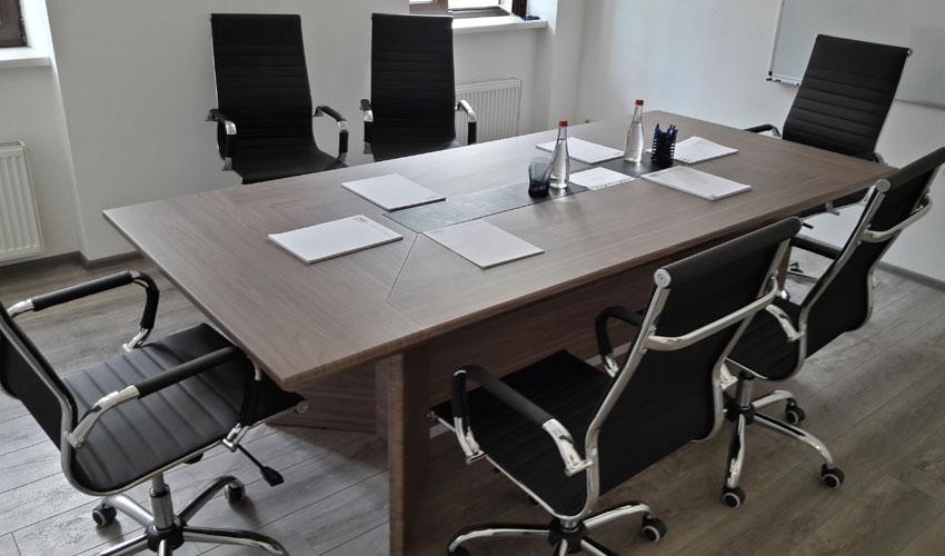 Фото 3. Конференц стола Статик