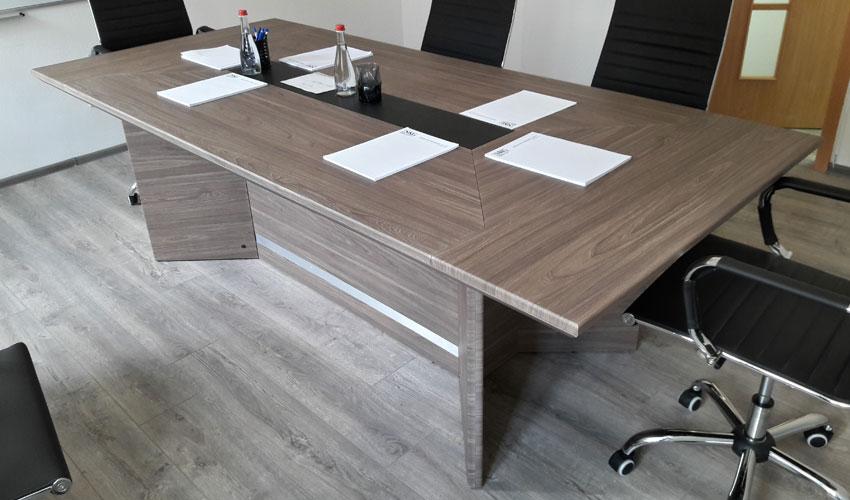Фото 2. Конференц стола Статик